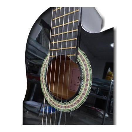 Guitarra clásica Negra Memphis cutaway