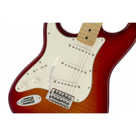 Fender Standard Stratocaster Plus Top Left-Handed, Maple Aged Cherry B