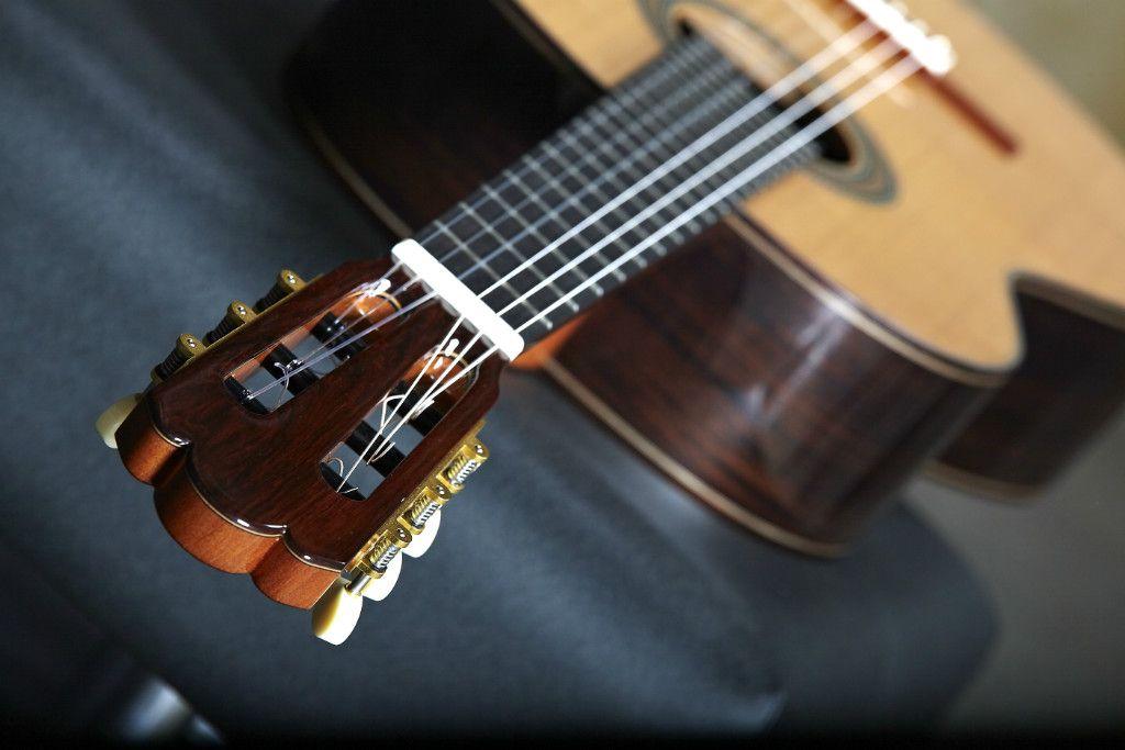 Comprar Alhambra Guitarra Cl 225 Sica Jm Moreno Musicopolix
