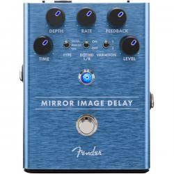 Fender Mirror Image Delay Pedal Guitarra