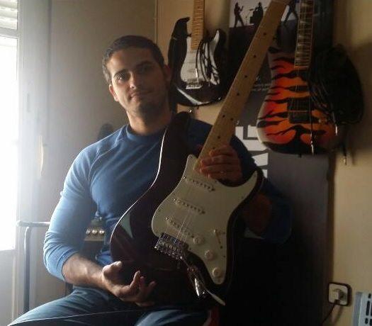 Enrique Díaz ganador concurso Fender Musicopolix