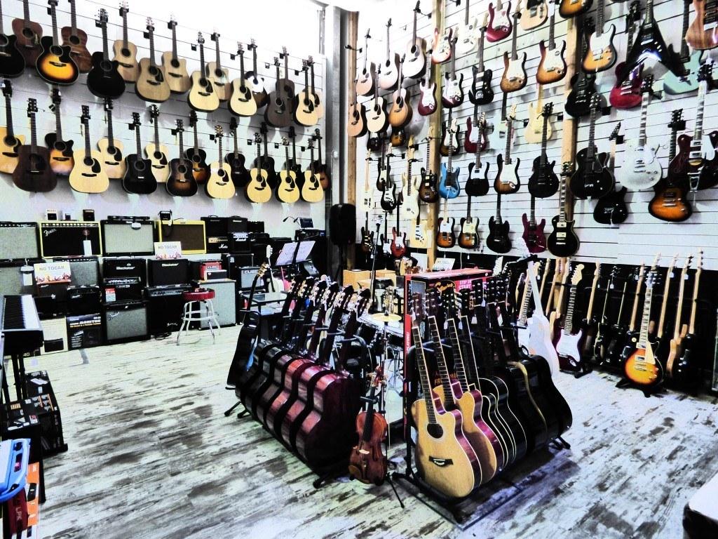 Tienda de instrumentos musicales San Sebastián de los Reyes Musicopolix