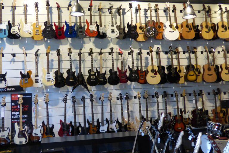 Qué guitarra eléctrica comprar