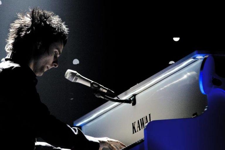 pianos_kawai_Matthew_Bellamy