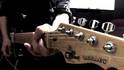 Descubre las guitarras y bajos GL Tribute Series