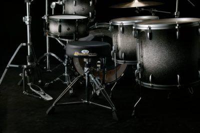 Los nuevos sillines Pearl ya están disponibles. La serie Roadster te espera en Musicopolix.