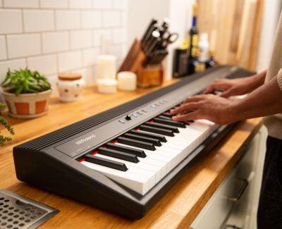 Roland Go 88. Aprende a tocar con tu teclado digital Roland en cualquier lugar.