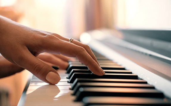 qué piano digital comprar portada